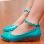 รองเท้าส้นเตี้ยผู้หญิงสีฟ้า หุ้มส้น หัวแหลม พื้นลาด วัสดุPU ส้นสูง3cm มีเข็มขัดรัดข้อเท้า แฟชั่นเกาหลี