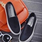 รองเท้าผ้าใบแฟชั่นผู้หญิงสีดำ หนังจระเข้ พื้นแบน แบบสวม เรียบง่าย ทันสมัย สวมใส่สบาย แฟชั่นกาหลี