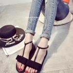 รองเท้าแตะรัดส้นสีดำ แต่งโบ สายรัดกระชับเท้า เข็มขัดปรับระดับได้ ดูดี แฟชั่นเกาหลี