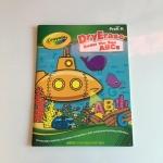 Crayola Dry Erase Under The Sea ABCs บอร์ดบุค ใช้กับปากกาไวท์บอร์ด เป็นสมุดกิจกรรม เกม วาดภาพ ระบายสี กระดาษเคลือบ ลบทำใหม่ได้