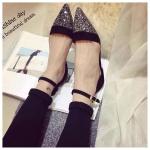 รองเท้ารัดส้นผู้หญิงสีดำ หัวแหลม ประดับเพชร มีเข็มขัดรัดข้อเท้า สไตล์โรมัน