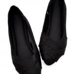 รองเท้าผู้หญิงส้นแบนสีดำ หุ้มส้น หัวแหลม ลายริบบิ้นสาน วัสดุผ้า แฟชั่นเกาหลี