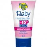 Banana Boat Baby Sunscreen Lotion SPF50 PA+++ 90ml. โลชั่นกันแดดสำหรับเด็กอ่อนหรือผู้มีผิวแพ้ง่าย เนื้อครีมบางเบาซึมซาบเร็วไม่อุดตันรูขุมขน อุดมไปด้วยอโลเวร่าและวิตามินอี ช่วยปลอบประโลมและให้ความชุ่มชื้นกับผิว ไม่ระคายเคืองตา ใช้ได้แม้ผิวบอบบาง
