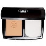 Chanel Perfection Lumiere Extreme Powder Foundation ไซส์จริง 13 g. แป้งผสมรองพื้นดับเบิ้ลเพอร์เฟคชั่น ค;บคุมความมันบนผิวได้อย่างดีเยี่ยมด้วยส่วนผสมพิเศษลิขสิทธิ์เฉพาะ มอบผิวหน้าที่ดูสมบูรณ์แบบไร้ที่ติ ปกปิดและอำพรางความบกพร่อง