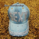 หมวกแก็ปแฟชั่น หมวกแก็ปผ้ายีนส์ปักเลื่อม รูปถ่ายจากสินค้าจริงที่ขายค่ะ งานสวยๆเนี๊ยบๆ จร้า
