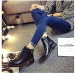 รองเท้าบู๊ตผู้หญิงสีดำ หัวกลม งานเย็บ โชว์ตะเข็บเก๋ไก๋ ส้นสูง3.5ซม. แฟชั่นเกาหลี