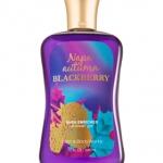 Bath & Body Works Napa Autumn Blackberry Shower Gel 295ml. เจลอาบน้ำ เนื้อเจลเข้มข้น กลิ่นหอมหวานซ่อนเปรีั้ยวของผลเบอร์รี่ ผลส้ม และตบท้ายให้กลิ่นนุ่มลงด้วยกลิ่นของโกโก้คะ