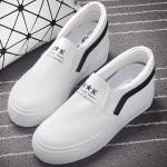 รองเท้าผ้าใบแฟชั่นเกาหลีสีขาว แถบสีดำ วัสดุหนัง แบบสวม ทรงทันสมัย เรียบง่าย ดูดี ใส่ลำลอง