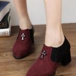รองเท้าคัตชูผู้หญิง หนังสีแดงดำ ส้นหนา ทรงสุภาพ ใส่ทำงาน