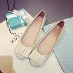 รองเท้าหุ้มส้นผู้หญิงสีชมพู หัวกลม ประดับโบว์ หนังแก้ว น่ารัก แฟชั่นเกาหลี