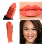 NARS Audacious Lipstick สี Catherine (Sunny guava) ลิปสติกคอลเลคชั่นพิเศษที่รวมทุกความต้องการของผู้หญิงไว้ในแท่งเดียว เนื้อกึ่งแมทกึ่งครีมมี่ เนื้อสีแน่นชัด ปกปิดสีปากได้มิดชิด เกลี่ยง่ายแม้ทาเพียงรอบเดียว ทั้งสีสวยคมชัด ติดทนนาน ให้ความชุ่มชื้น และช่วยบำ