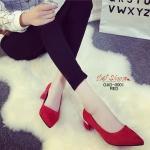 รองเท้าคัทชูส้นสูง หัวแหลมส้นคาดแถบสีทอง (สีแดง )