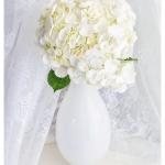 White Oval Glass Vase แจกันแก้วทรงรี สีขาว