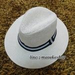 หมวกปานามาปีกกว้าง สีึครีม . **สินค้าพร้อมส่งค่ะ***
