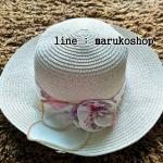 หมวกปีกกว้าง หมวกไปทะเล หมวกสาน สีน้ำตาลอ่อน แต่งโบว์รอบ รอบศรีษะ57-59cm / ปีกกว้าง 6.5 cm ***ถ่ายจากสินค้าจริงที่ขายค่ะ***