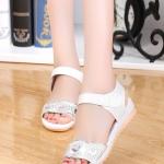 รองเท้าแตะผู้หญิงสีขาว รัดส้น หัวแต่งลายหัวใจ น่ารัก หวานแหวน ไม่ผิดหวัง สาวๆชอบกัน แฟชั่นเกาหลี