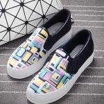 รองเท้าผ้าใบแฟชั่นเกาหลี สีม่วงกราฟิตี้ ทรงฮาราจูกุ ส้นสีดำ พื้นหนา น่ารัก ดูดี ไม่ซ้ำใคร ใส่ลำลอง