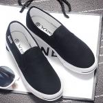 รองเท้าผ้าใบแฟชั่นผู้หญิงสีดำ ใส่เหยียบส้นได้ แบบสวม เรียบง่าย ดูดี น่ารัก ใส่ลำลอง