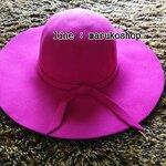 หมวกปีกกว้าง หมวกเที่ยวทะเล หมวกผ้าวูล สีชมพู แต่งโบว์รอบ