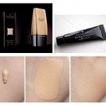 ILLAMASQUA Skin Base Foundation ขนาดทดลอง 5ml. Shade : 6.5 สำหรับผิวเฉดกลางโทนเหลือง รองพื้นเนื้อบางเบา เน้นความเป็นธรรมชาติ ให้ความรู้สึกแบบ skin realism คือเป็นผิวจริงๆ ไม่ใช่เป็นรองพื้นแบบหนาๆ บนใบหน้า ให้การปกปิดแบบ medium-full coverage