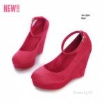 รองเท้าคัทชูส้นเตารีด ทรงสูง สายรัดข้อเท้าปรับระดับได้ (สีแดง )