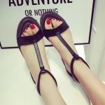 รองเท้าแฟชั่นผู้หญิงสีดำหัวปลาแบน สไตล์โรมัน ปิดส้น มีสายรัดข้อเท้า