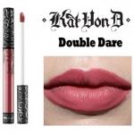 Kat Von D Everlasting Liquid Lipstick #Double Dare ลิควิดลิปสติกที่เป็น Bestseller ของแบรนด์นี้ ให้เม็ดสีที่คมชัด ติดแน่นทนนาน ปกปิดสีปากดีเยี่ยม เนื้อครีมเกลี่ยง่ายทาง่ายเรียบลื่นไปกับริมฝีปาก ให้ผลลัพธ์เป็นแมท อีกทั้งยังอุดมไปด้วยคุณค่าจากวิตามินอี