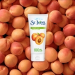 St. Ives Apricot Fresh Skin Scrub 170g. สครับผิวหน้าเพื่อผิวเรียบ เนียน สวย อย่างใจคุณ เหมาะสำหรับทุกสภาพผิว ยอดขายอันดับ # 1 ในอเมริกา ใหม่แท้ 100% ส่งตรงจาก USA