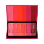 Nature Republic Kiss My Mini Lipstick Kit 6 colors Limited Edition เซทมินิลิปสติกสีสวย ไม่แรงเวอร์ สามารถใช้ได้จริงในชีวิตประจำวันเลยค่ะ 1กล่อง ได้ 6 สี เป็นลิปสติกที่ให้สีสันชัดเจน และช่วยให้ริมฝีปากชุ่มชื่น เหมาะกับสาวๆที่ริมฝีปากแห้ง ทาแล้วไม่เป็นร่อง