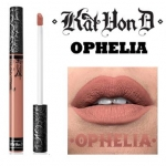 Kat Von D Everlasting Liquid Lipstick #Ophelia ลิควิดลิปสติกที่เป็น Bestseller ของแบรนด์นี้ ให้เม็ดสีที่คมชัด ติดแน่นทนนาน ปกปิดสีปากดีเยี่ยม เนื้อครีมเกลี่ยง่ายทาง่ายเรียบลื่นไปกับริมฝีปาก ให้ผลลัพธ์เป็นแมท อีกทั้งยังอุดมไปด้วยคุณค่าจากวิตามินอี
