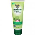 Banana Boat Natural Reflect Sunscreen Lotion SPF50 PA+++ 90ml. โลชั่นกันแดดจากธรรมชาติ สามารถปกป้องอาการแดดเผาและความเสียหายที่เกิดจากแสงแดดระยะยาวอย่างได้ผล โดยไม่ต้องใช้ส่วนผสมทางสารเคมีที่อาจก่อให้เกิดการระคายเคือง