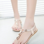 รองเท้าแตะผู้หญิงสีขาว แบบหนีบ รัดส้น เรียบง่ายดูดี เบาสบายเท้า แฟชั่นเกาหลี