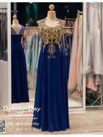 รหัส ชุดราตรี : BB026 ชุดราตรียาวผ้าชีฟองหรู เดรสออกงานประดับลูกไม้และกริตเตอร์ ชุดไปงานแต่ง ชุดแซก ชุดเพื่อนเจ้าสาว สีน้ำเงิน