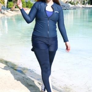 ชุดว่ายน้ำไซส์ใหญ่แบบสปอร์ตซิปหน้า set 5ชิ้น มีเสื้อแขนยาว บรา บิกินี่ กางเกงขาสั้นและกางเกงขายาว บราอก 40-46 ขาสั้น เอว 34-40 สะโพก 42-50 ขายาว เอว 34-42 สะโพก 44-54 เสื้อตัวนอก อก 42-50 นิ้ว กางเกงขาสั้นยาว 11 นิ้วค่ะ แบบสวยคุ้มสุดๆจ้า
