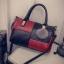 กระเป๋าถือขนาดกลาง กระเป๋าสะพายไหล่ สะพายข้าง Hand Bag Red Black สีแดงดำ thumbnail 8