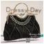 กระเป๋าออกงาน TE012: กระเป๋าออกงานพร้อมส่ง กระเป๋าคลัช วินเทจ สีดำ แบบมีหูหิ้ว ดีเทลคริสตอล มาพร้อมงานปักสุดหรู ราคาถูกกว่าห้าง ถือออกงาน หรือ สะพายออกงาน สวย หรู ดูดีเริ่ดมากค่ะ thumbnail 1