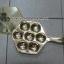 กระทะขนมครกทองเหลือง 7 เต้า 016-KM-B7 Khanom Krok Pan brass There are 7 holes. 016-KM-B7 อุปกรณ์ทำขนม thumbnail 5