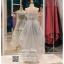 รหัส ชุดราตรียาว : PF008 ชุดราตรียาว เดรสออกงาน ชุดไปงานแต่งงาน ชุดแซก สีเทา หน้าสั้นหลังยาวสวยๆ ประดับโบว์ที่เอว หมาะสำหรับงานแต่งงาน งานกลางคืน กาล่าดินเนอร์ thumbnail 2