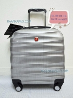 กระเป๋าเดินทางใส่โน๊ตบุ๊ค ไซส์ 16 นิ้ว สีเงิน สวยหรูดูดี แบรนด์ Saint 2009