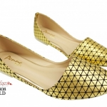 รองเท้าคัทชูส้นเตี้ย เว้าข้าง หัวแหลม ขับสีผิว (สีทอง )