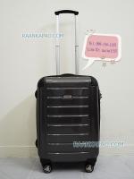 กระเป๋าเดินทางแบรนด์ Ricardo รุ่น Roxbury 2.0 สีดำเคฟล่าร์ ไซส์ 21 นิ้ว