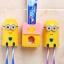 กล่องเก็บแปรงสีฟันพร้อมเครื่องบีบยาสีฟันมินเนียน thumbnail 2