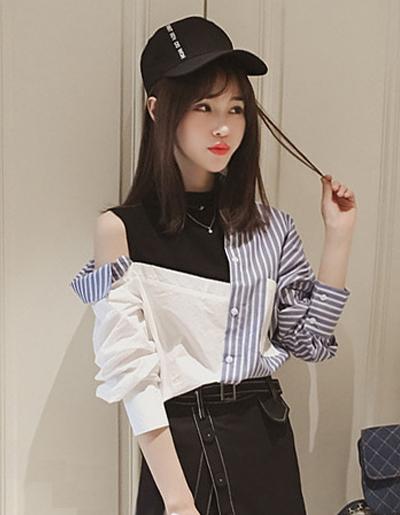 เสื้อเชิ๊ตแฟชั่นแต่งสองสี โชว์ไหล่ข้างเดียวสไตล์เกาหลี รหัส 1665