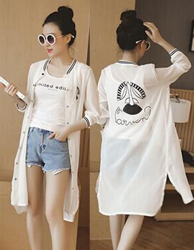 เสื้อคลุมแฟชั่นสีขาว ลายปริ้นท์น่ารักสไตล์เกาหลี รหัส 1601