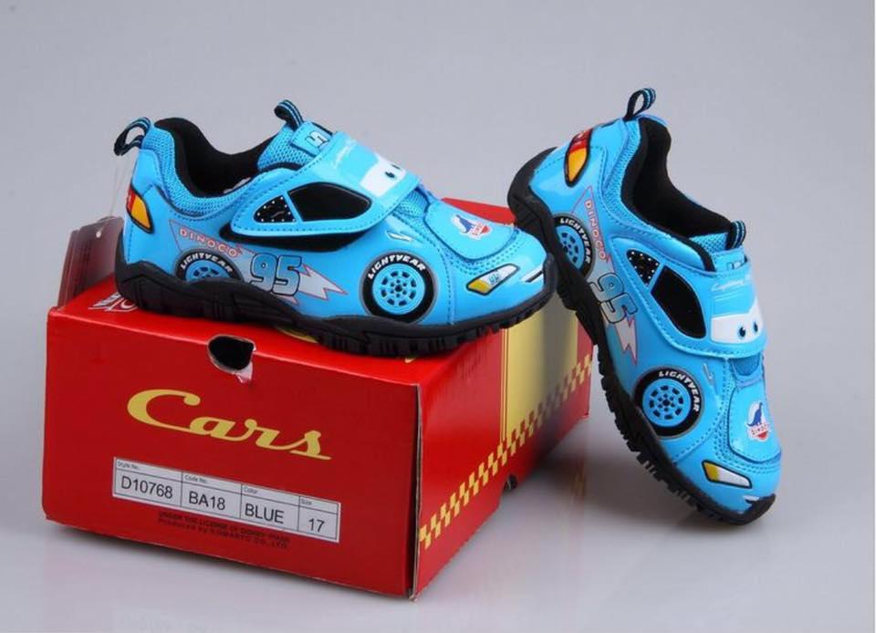 รองเท้าผ้าใบ คาร์สีฟ้า