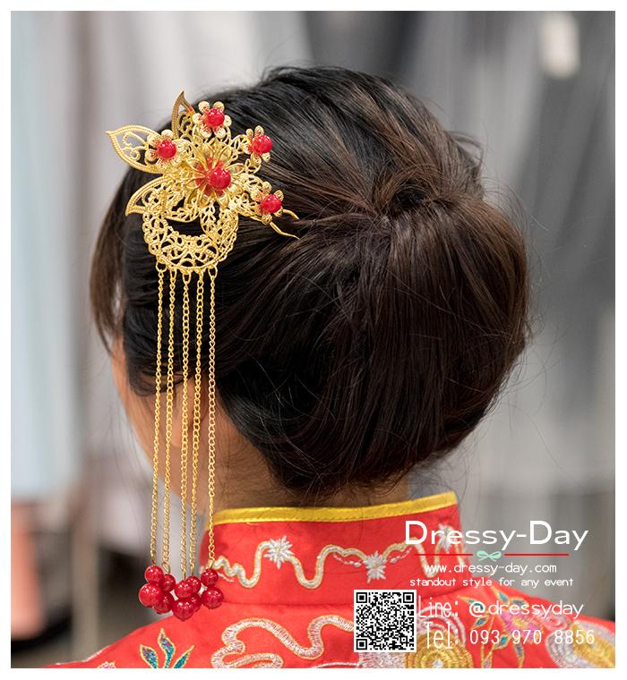 รหัส ปิ่นปักผมจีน : TR060 ขาย ปิ่นปักผมจีน พร้อมส่ง สีทอง เครื่องประดับผมจีน แบบโบราณ เหมาะมากสำหรับใส่ในพิธียกน้ำชา และงานแต่งงานธรรมเนียมจีน พิธีเสียบปิ่น คุณแม่เจ้าสาวจะติดปิ่นทองและทับทิมให้เจ้าสาว แทนคำอวยพร