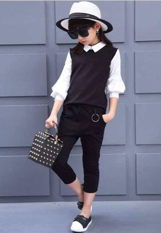 เซ็ตเสื้อสีขาว+กางเกง 4 ส่วนสีดำ