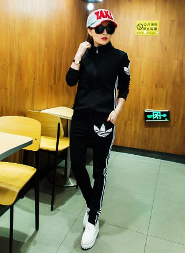 ชุดเซท เสื้อกางเกงวอร์ม สไตล์แบรนด์ มี 3 ไซส์ M,L,XL-1351-สีดำ