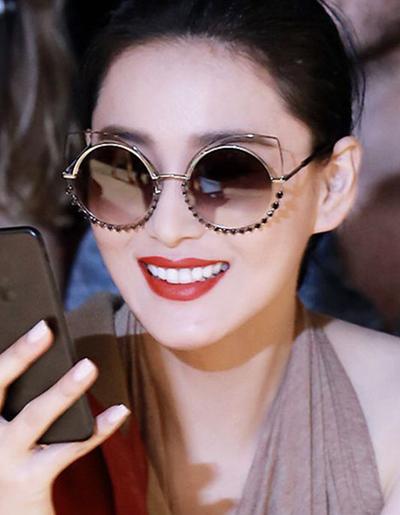แว่นตาแฟชั่นกันแดด เลนส์กลม แต่งกรอบสุดเก๋สไตล์เกาหลี รหัส G003-สีดำ