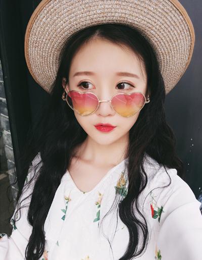 แว่นตาแฟชั่นกันแดด ทรงหัวใจสุดน่ารักสไตล์เกาหลี รหัส G001